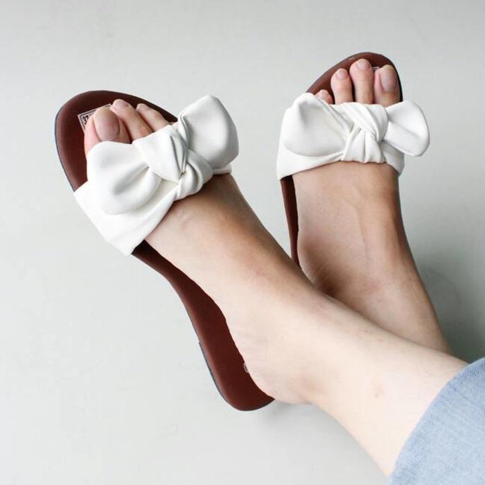 SANDAL SENDAL TEPLEK FLAT PITA PUTIH / sandal wanita terbaru / sandal wanita termurah / sandal