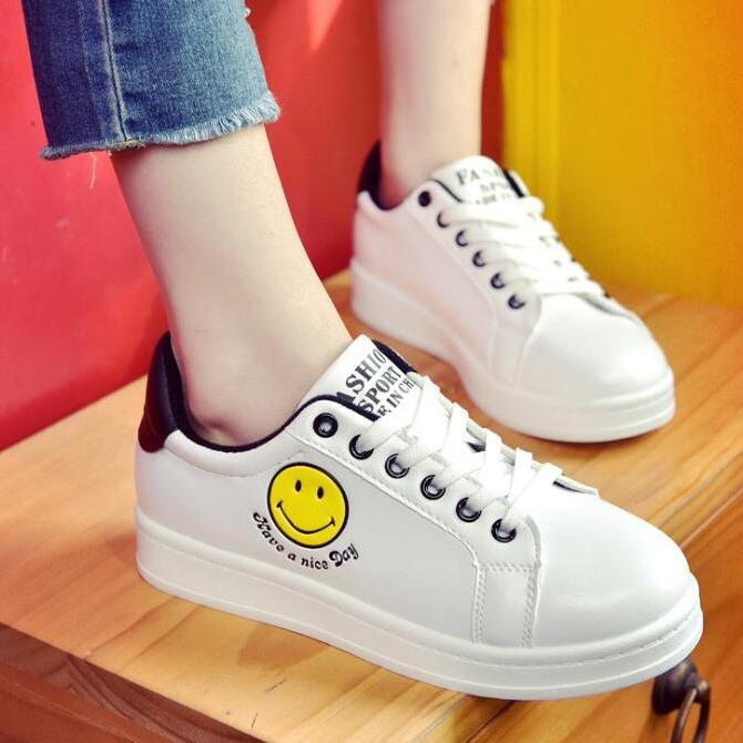 Sepatu New Wanita Fashion Smile ...