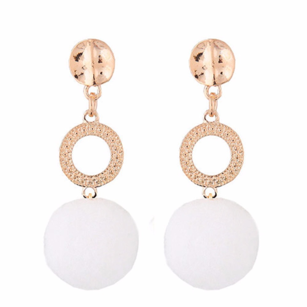 LRC Anting Tusuk Fashion White Fuzzy Ball Pendant Decorated Color Matching Earrings .
