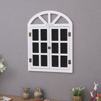 Retro jendela palsu dinding papan. Retro jendela palsu dinding papan. Yang . 2629b5d6ca