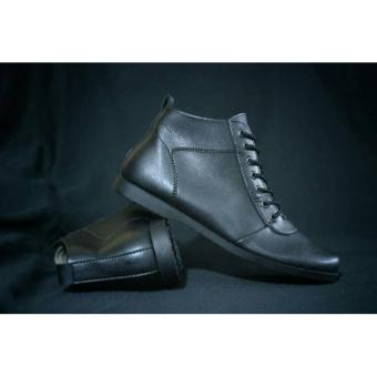 Kehebatan Sepatu Slop Slip On Pria Avail Original Avail Bugatti ... 27e2b03899