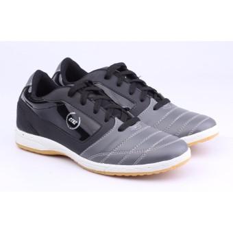 Sepatu Futsal Pria Catenzo DY 039 Hitam Sintetis 36664350a0