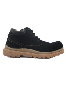 Cut Engineer Low Boots - Classic Safety Suede Black