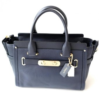 Coach Swagger 27 in Pebble Leather (Navy)
