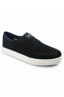 Tomkins Sepatu Focus - Hitam-Putih