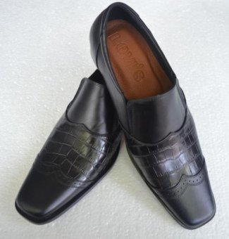 harga Sepatu Kerja Pantofel Pria Kulit Asli - Kickers Hitam SPKA 003 Lazada.co.id