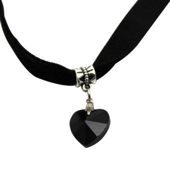 Lady Girls Velvet Choker Necklace Retro Love Heart Crystal Pendant Black