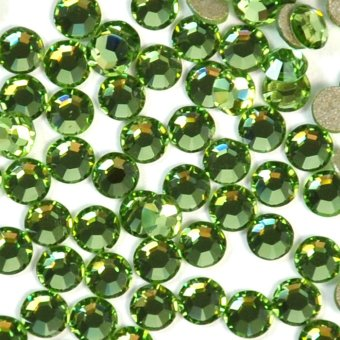 Swarovski Crystals Peridot 214 Crystal with Foiled Flat-Back SS20 x 1440pcs