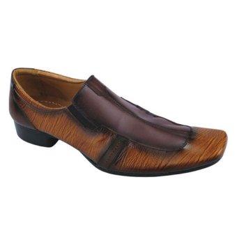 Syaqinah Sepatu Pantofel Pria - Coklat