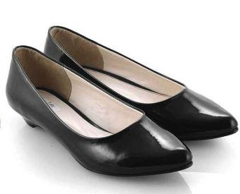 Everflow PD 01 Sepatu Formal Heels Wanita (Black)