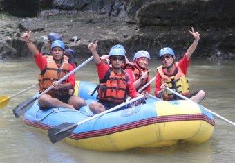 Abadi Tour-Rafting Sungai Elo