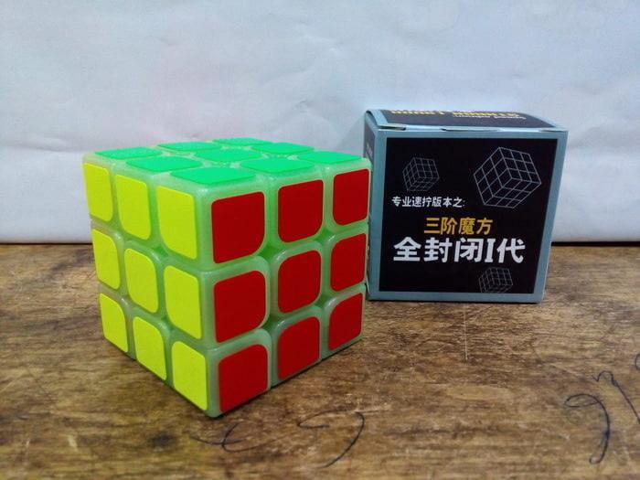 Mainan Rubik 3X3 Glow In The Dark Yong Jun Speed Edition Harga Murah