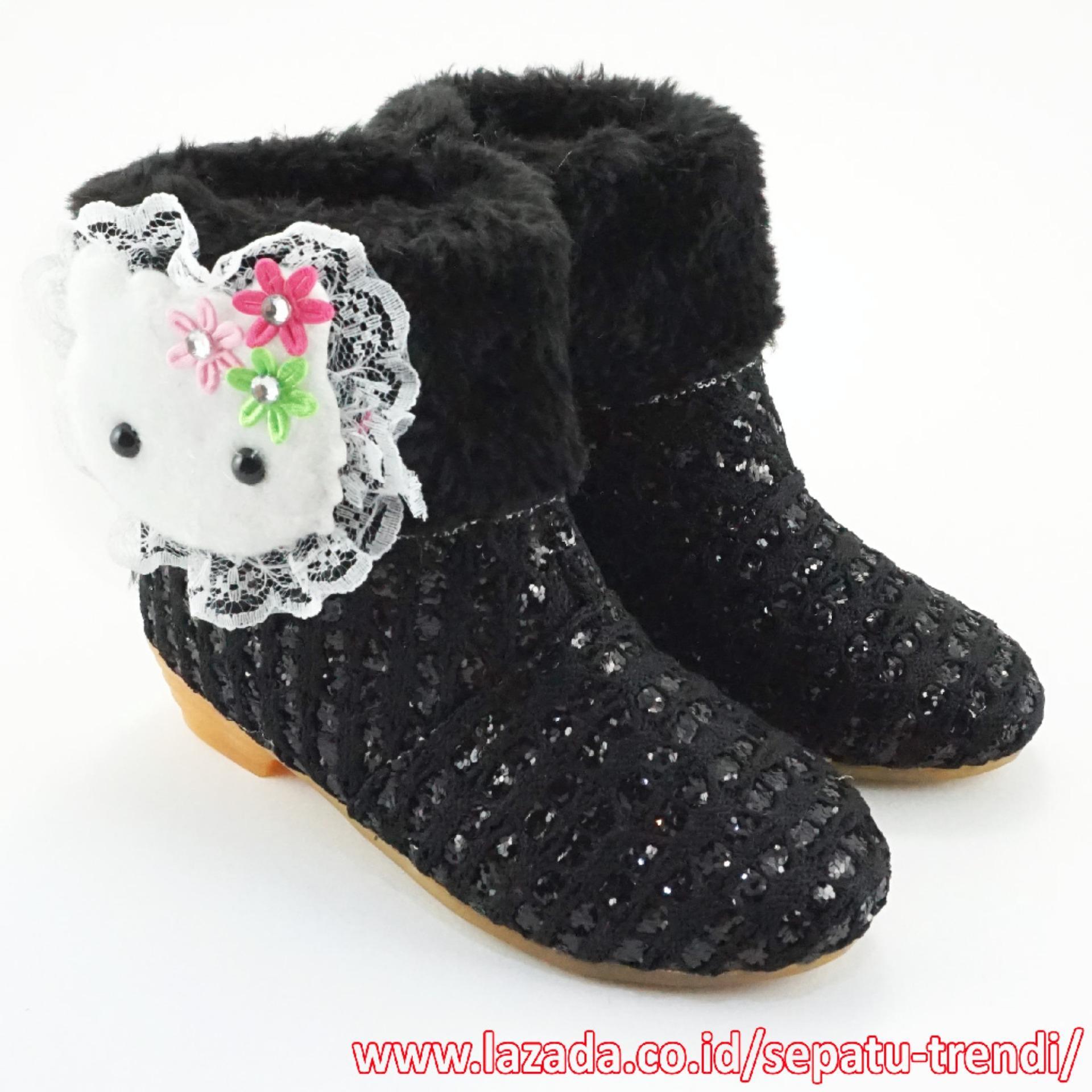 Miliki Segera Trendishoes Sepatu Boot Anak Perempuan Knit Glitter Boneka Bulu Hitam