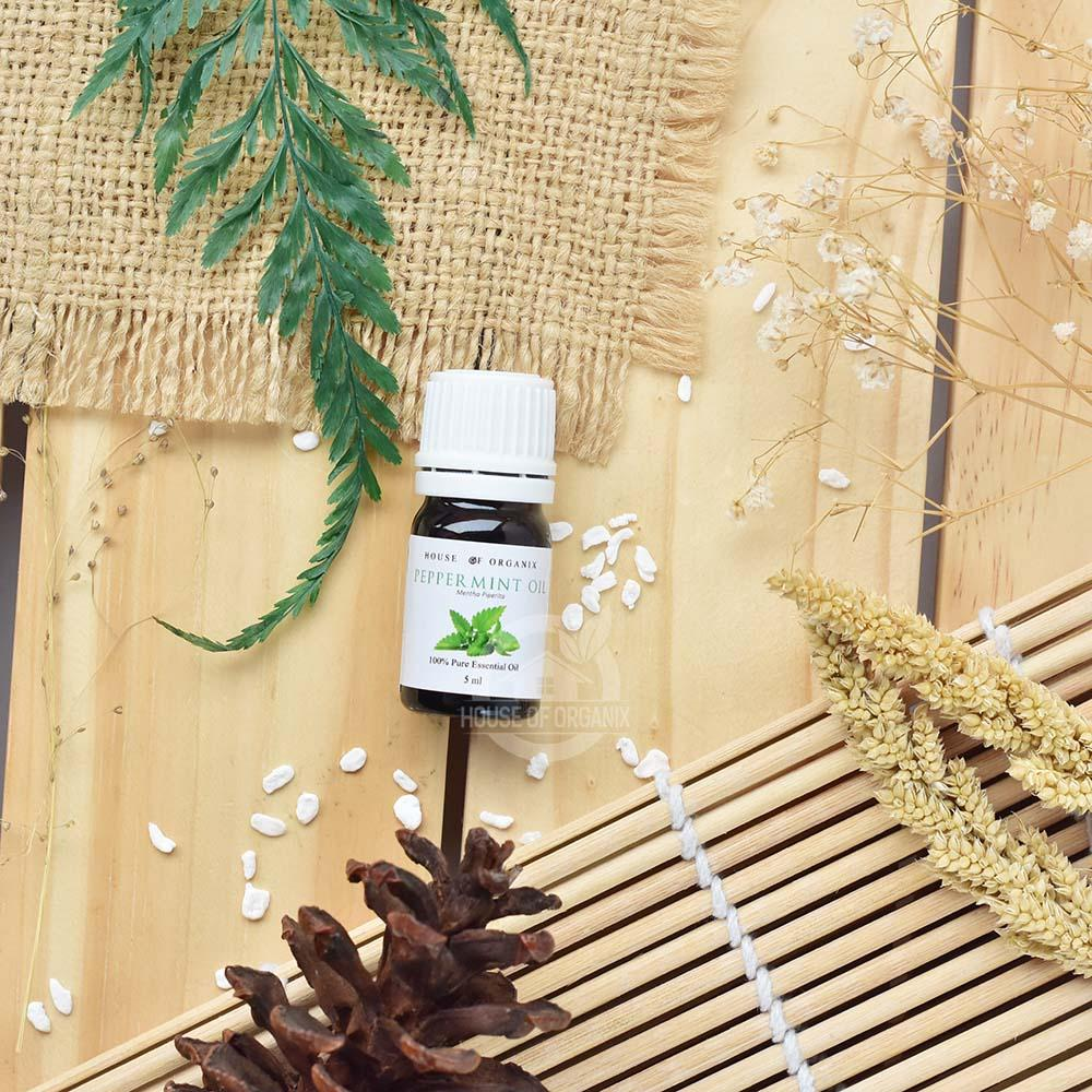 Peppermint Essential Oil Pure & Natural .