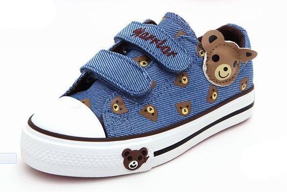 Warrior Sepatu anak anak-anak perawan besar Sepatu kanvas anak prempuan  sepatu lapisan tunggal Gaya dcce25e67c