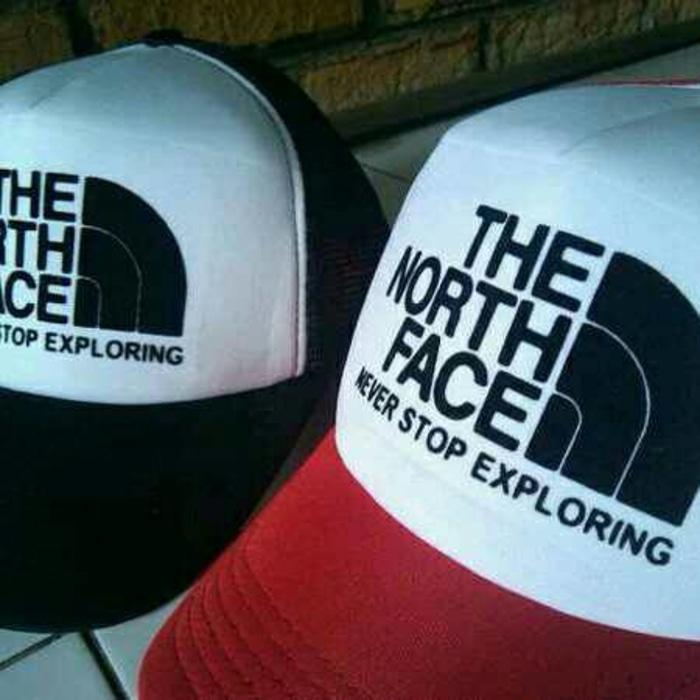 TOPI TRUCKER THE NORTH FACE