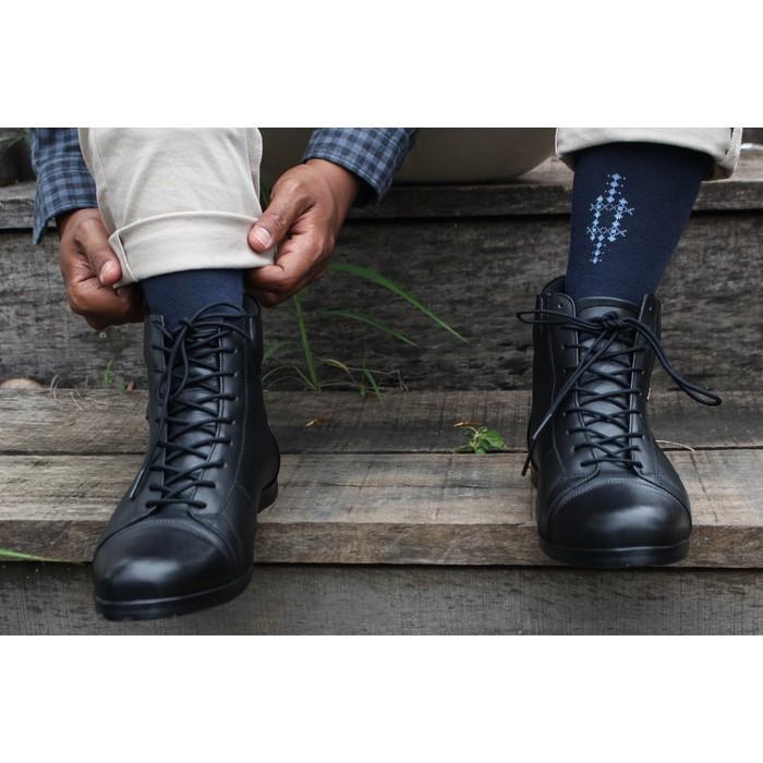 Sepatu Boot Kulit Pria Model Bernardi (Converse-Vans-Bally) - Are1o5