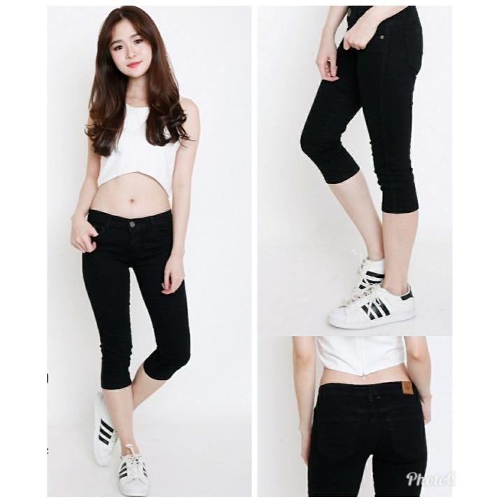 SB Collection Celana Pendek Keysya Shortpants Jeans Wanita