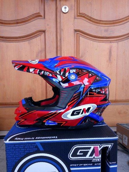 Detail Gambar Helm GM Super Cross Moto 1 All Varian Full Face Terbaru
