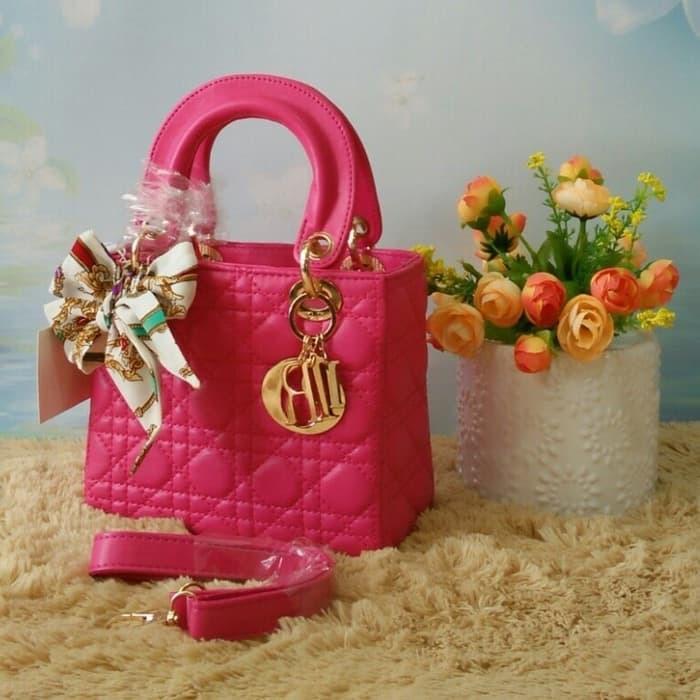 BEST SELLER-Tas Selempang Wanita Dior Dove Mini Kecil 18cm   TAS BRANDED    TAS ... e5cc862e79