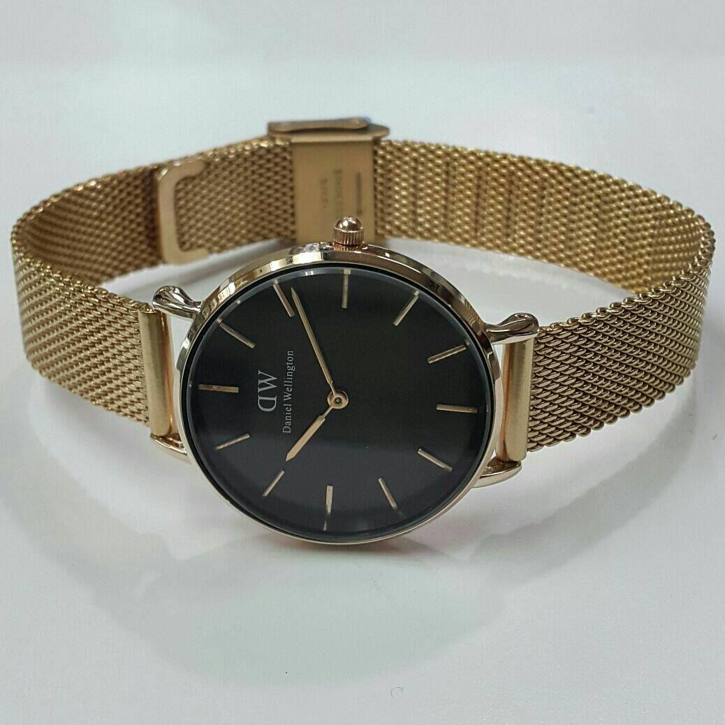 Daniel Wellington DW00100217 Jam Tangan Wanita 28MM Classic Petite Melrose Black Women Stainless Steel Watch