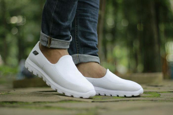 Sepatu Sketcher Slip On Man size 39-44 - vcKjQs ...