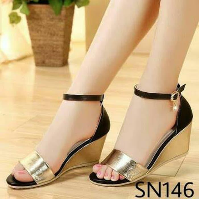 Sepatu wanita sepatu kerja Wedges Cantik Pesta Bagus Glossy Gold Black  termurah  8336fc9a08