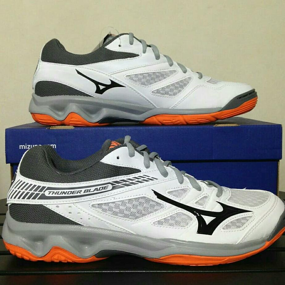Sepatu Volley Mizuno Thunder Blade White steel Grey V1GA177054 Original BNIB deb8de810a