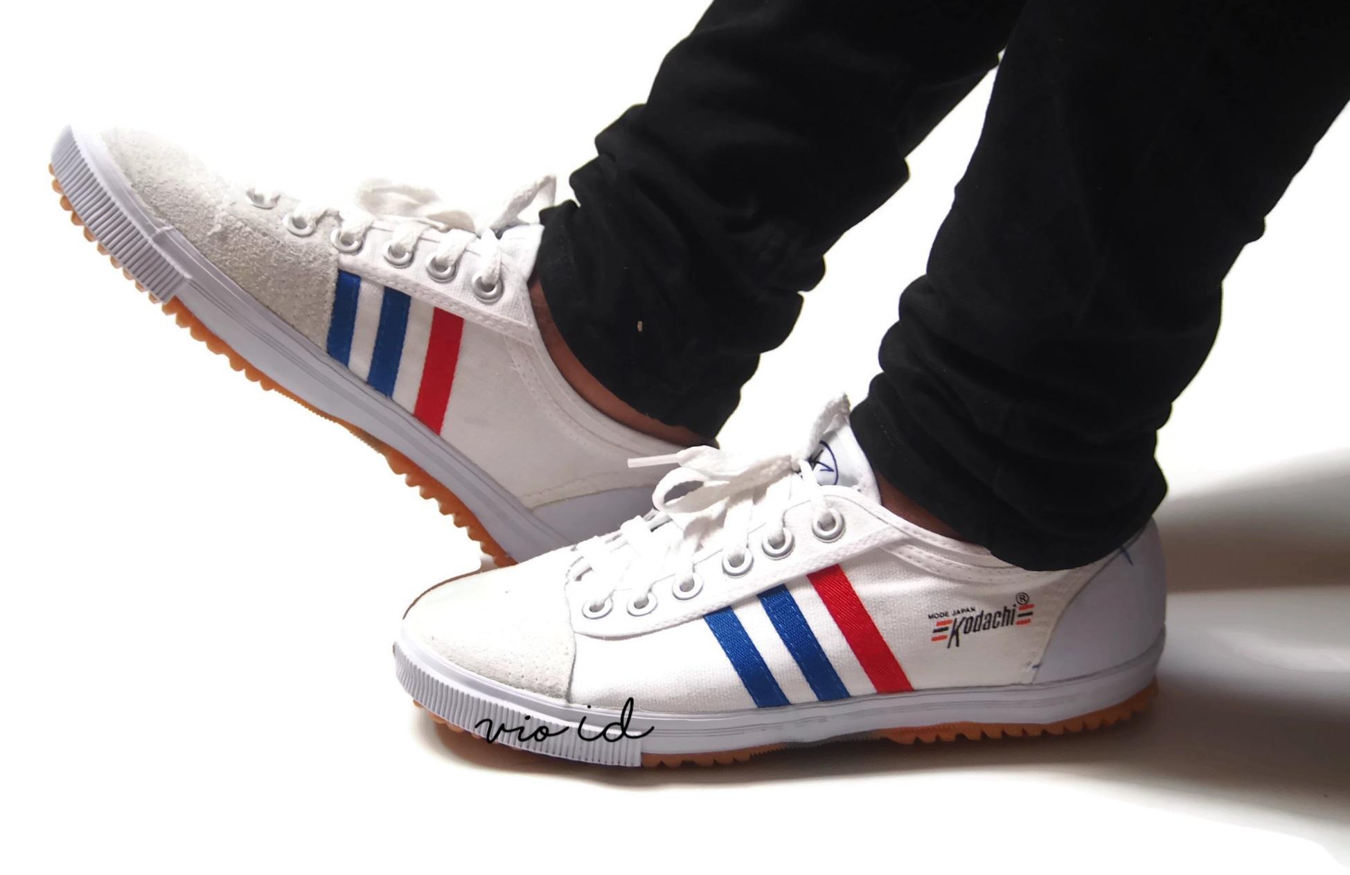 ... Sepatu Kodachi 8111 - Sepatu Olahraga Import Stripe Putih - 5