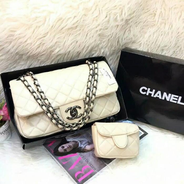 Tas Wanita Rantai Branded Chanel Maxi Mom Kids Warna Cream Beige Ivory