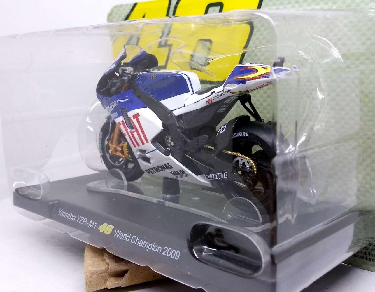 ... Diecast Miniatur Motogp Yamaha YZR-M1 VR46 World Champion 2009 - 3
