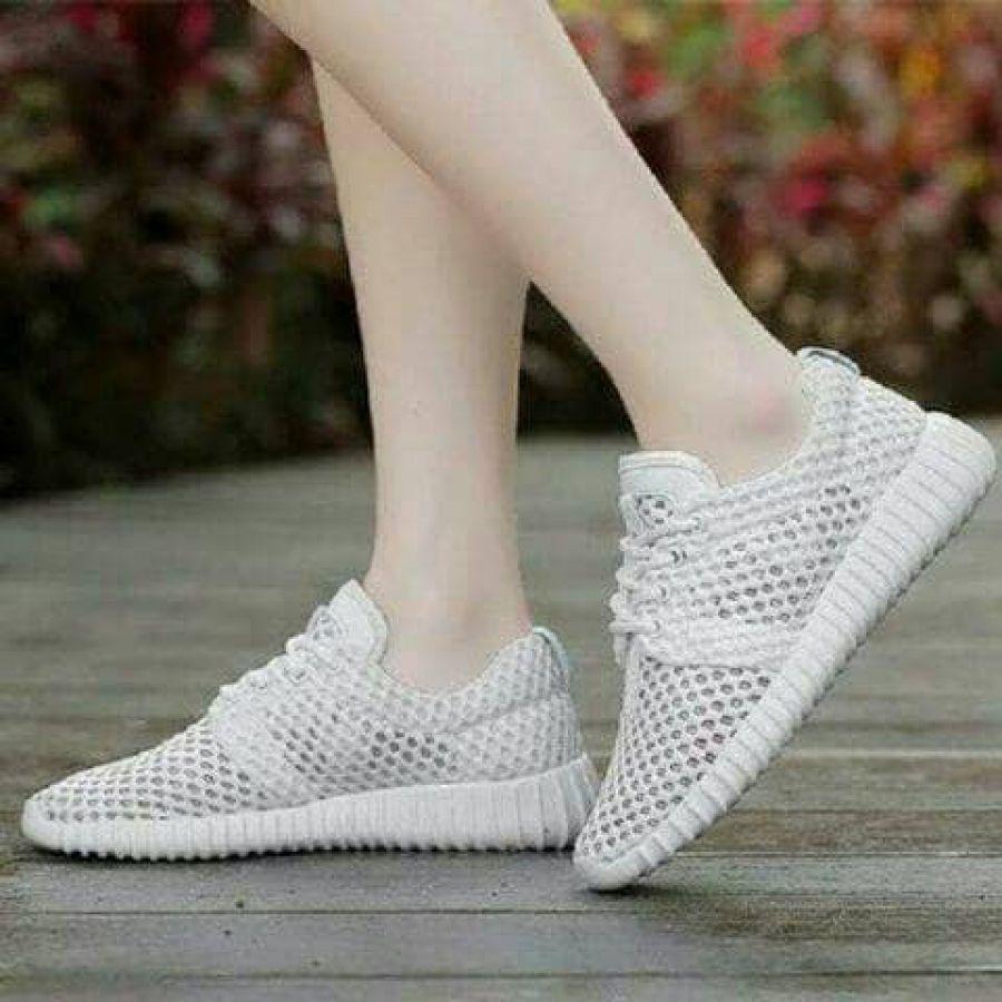 Sepatu Sneakers YEZZY JALA PUTIH Spatu Cewek Grosir Murah