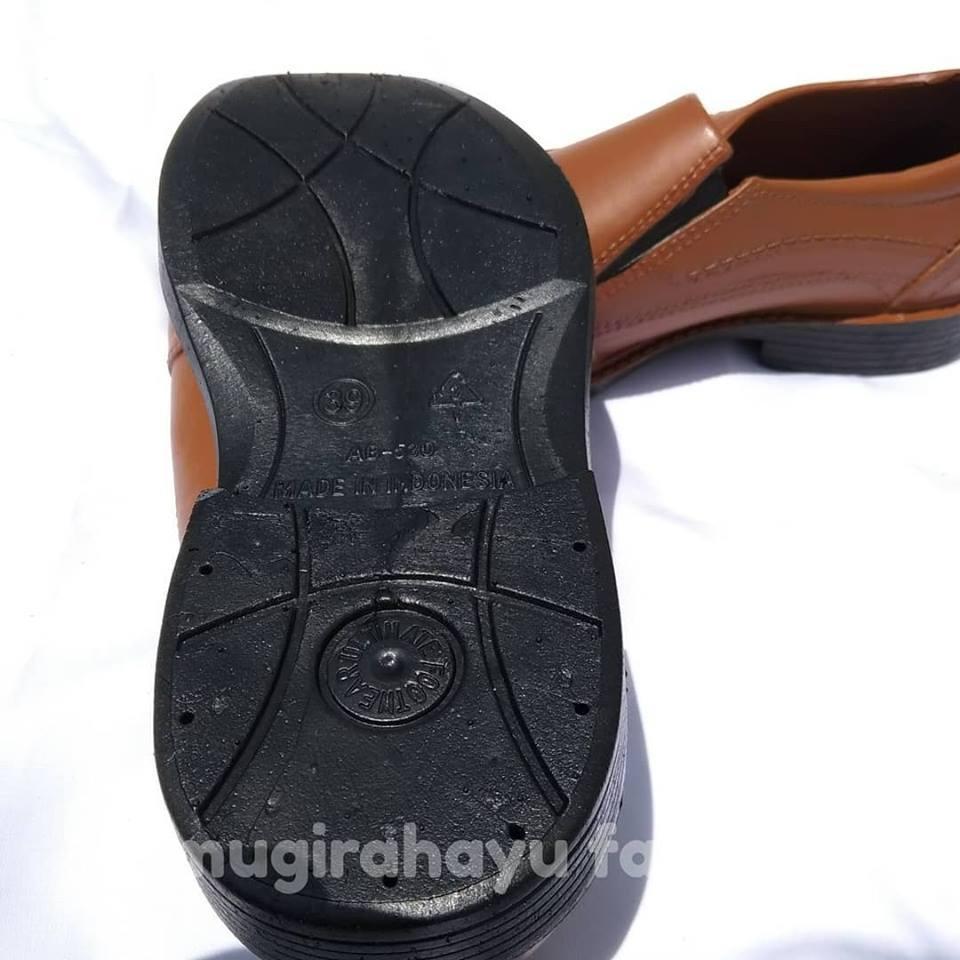 Att Sepatu Pria Kerja Pantofel Karet Anti Air K013 Hitam Daftar Dan Kuliah Sankyo Saf 1120 Detail Gambar Formal Cokelat Terbaru