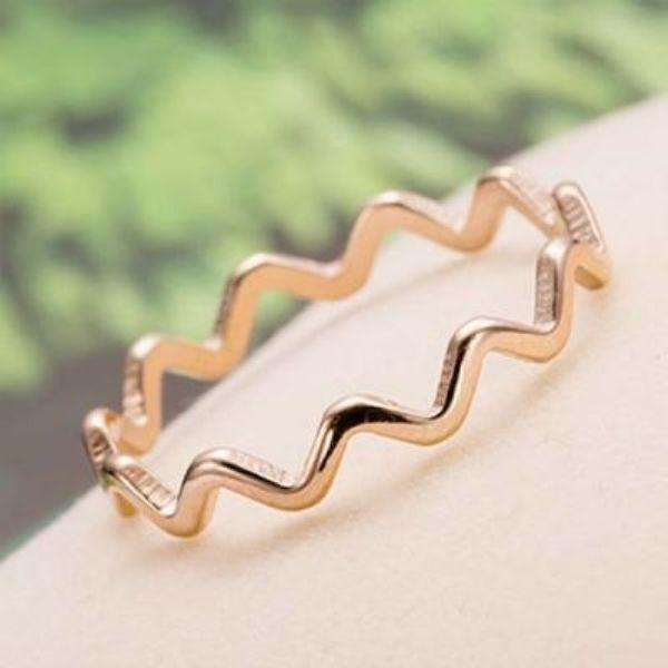 Cincin Titanium Steel Light Water Ripple Ring Rose Gold