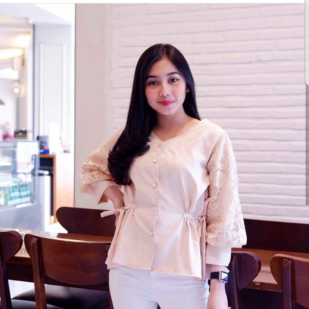 Baju Muslim Modern Lucie Blouse Tunik Balotelly Mix Brukat Panjang Blouse  Casual Hijab Tunic Pakaian Terbaru 63db1b7269