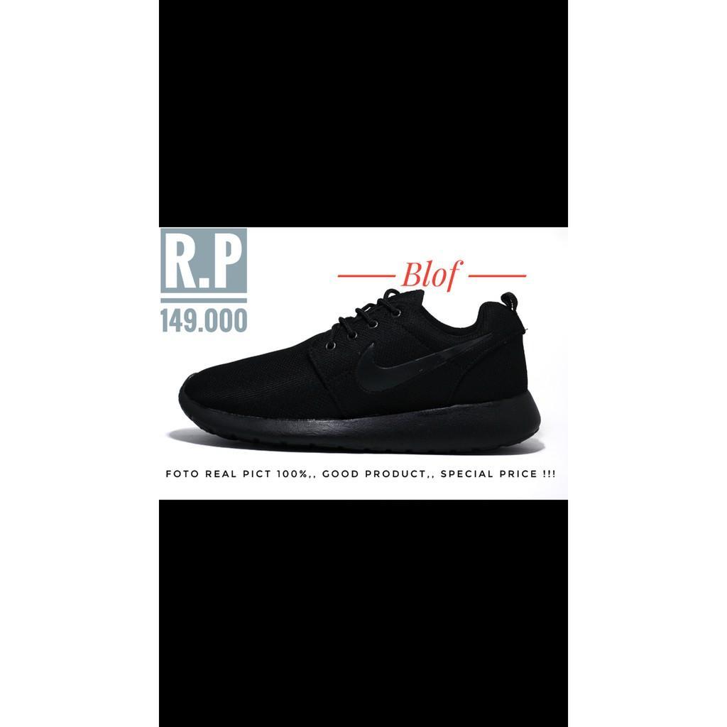 Sepatu Running Nike Roshe Run Full Black - H4perd