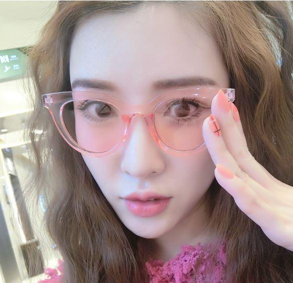 Oila Kacamata Fashion Sunglasses Retro Transparan Jelly Anti Uv ... 249f6a4af8