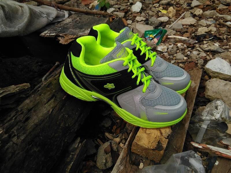 Pro Att Mc 04 Sepatu Olahraga Warna Orange - Daftar Harga Terbaru ... 368b7c74b4