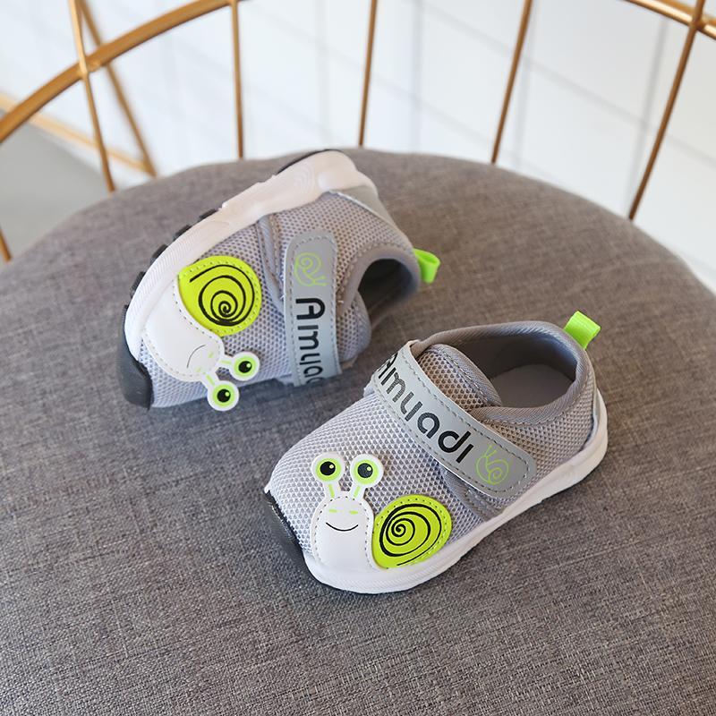 2018 musim gugur model baru anak-anak sepatu olahraga Pijakan empuk sepatu belajar jalan Sepatu