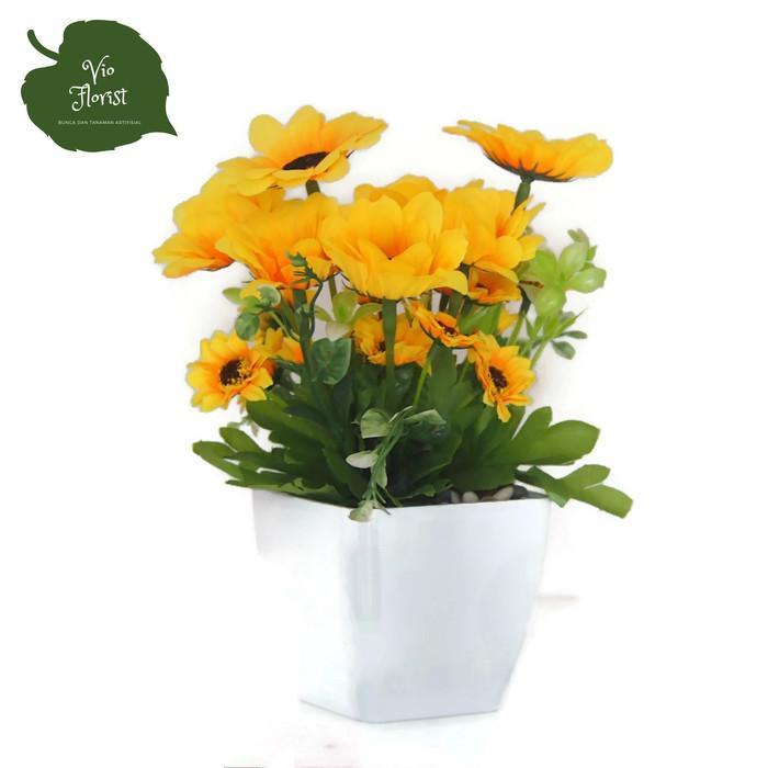 Bunga Dekorasi Dan Pajangan - Bunga Matahari Hiasan Plastik Cantik Dan  Fresh - ddd47f8398