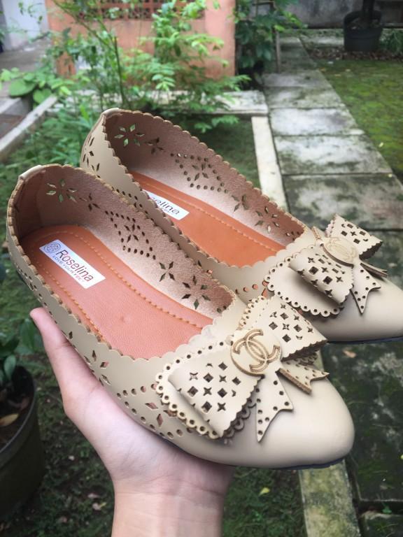 Detail Gambar Rembulan Flatshoes wanita coklat muda Terbaru