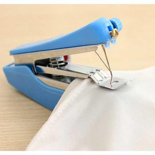 ... Rimas Mini Manual Sewing Household Machines / Mesin Jahit Portable - Biru / Blue - Merah