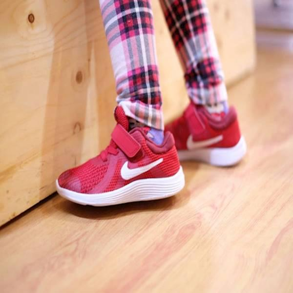 Nike Revolution 4 Kids Red White Termurah