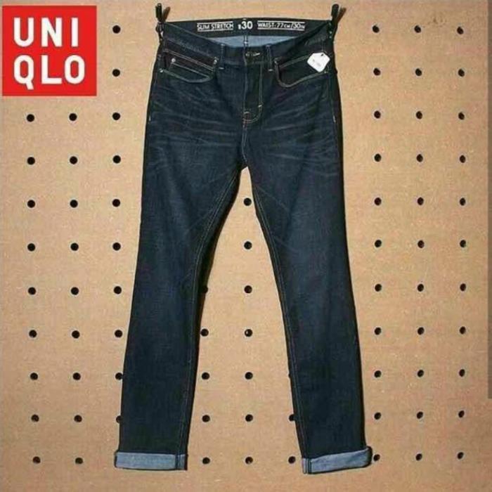 Celana Dark Wash Distressed GU By Uniqlo Cut Label Original Brand New