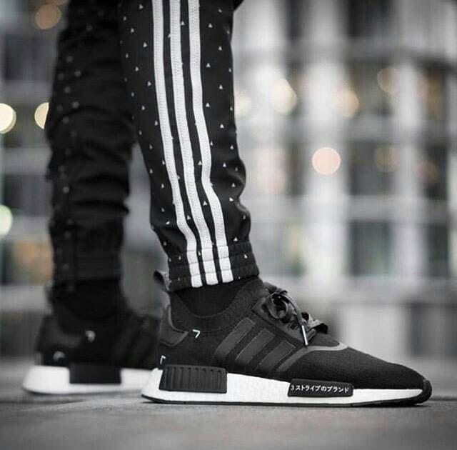 Daftar harga Adidas Nmd R1 Sashiko Black Original Sneakers