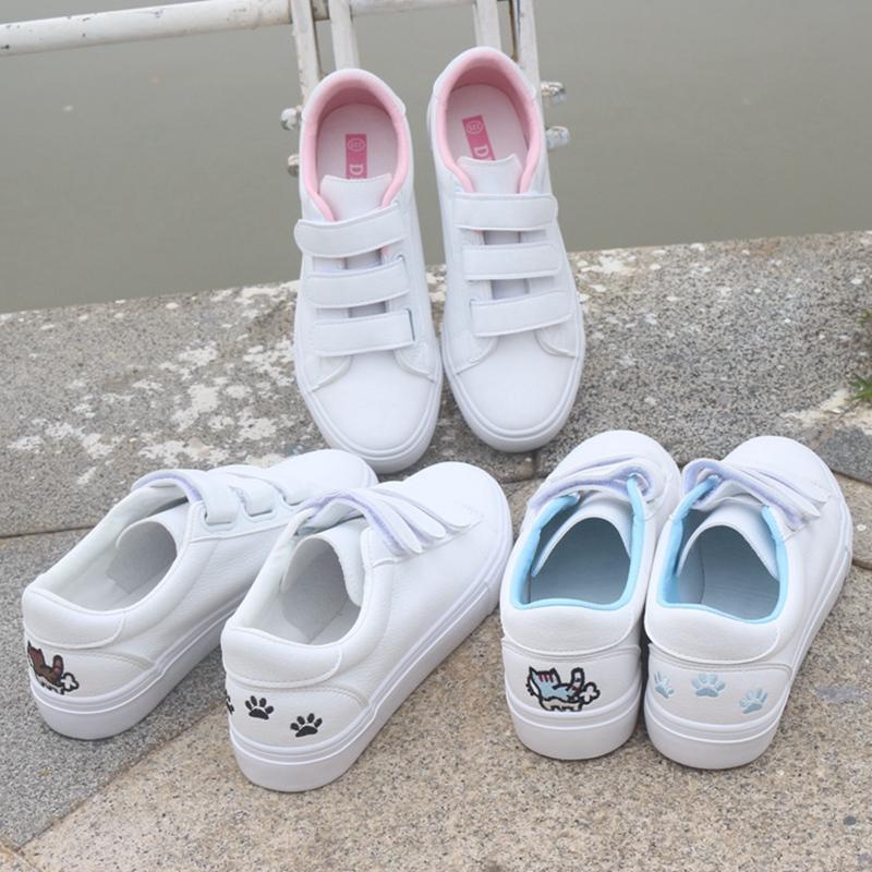 Detail Gambar Sepatu putih kecil perempuan 2018 wanita Catmi sepatu putih  kecil wanita Sepatu siswa Tren Gaya Korea netral casual sepatu sneaker  sepatu ... 01e65a17cc