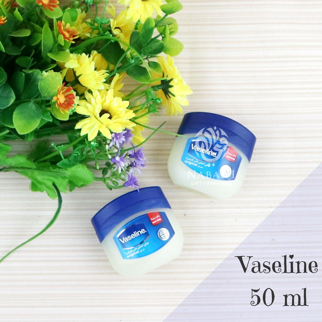 Kelebihan Vaseline Petrolium Jelly Original Arab 100ml Terkini Petroleum 120ml 100 Pure 50 Ml Oleh Haji Umroh
