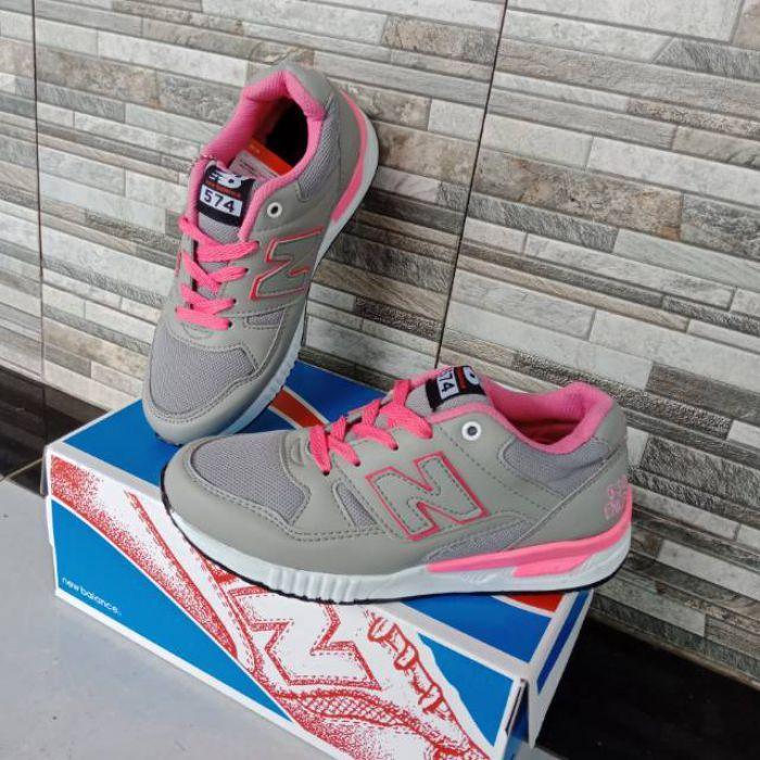 Sepatu Kets Cewek New Balance Abu Pink | Grosir Spatu Sneakers Wanita Murah Casual dan Olah raga