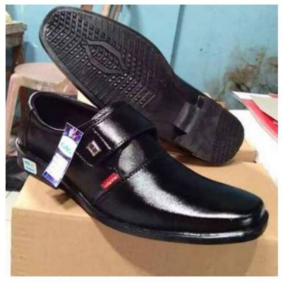 Sepatu sekolah pantofel formal hitam krek tali casual kulit sintetis vantovel pantopel