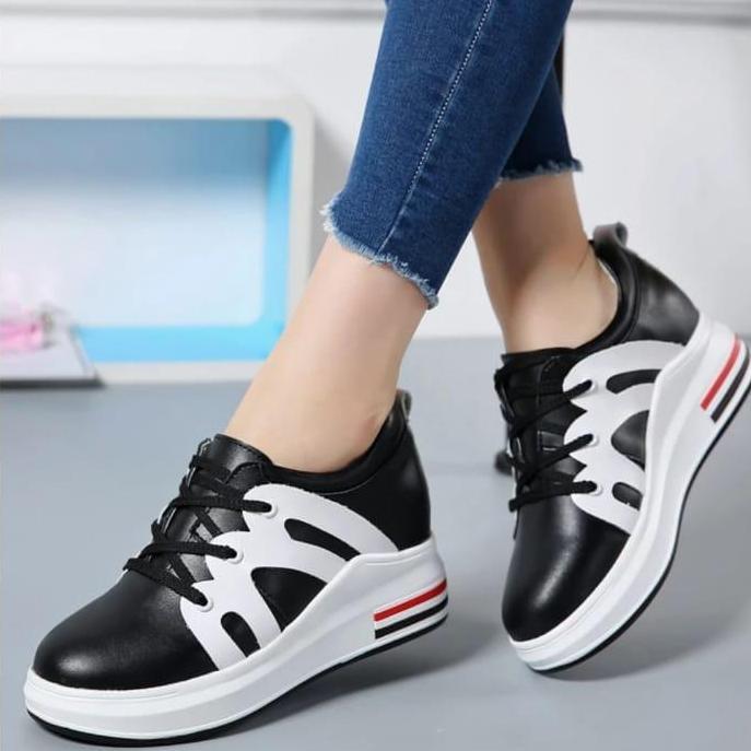 Kiss Shoop Spatu Sneakers Corak M RN